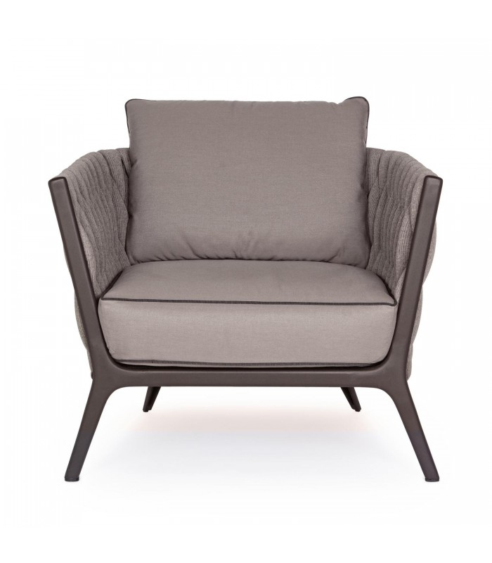 Poltrone Bergere Moderne.Maduzzi Presents Xilos A New Way To Decorate Your Outdoor Living