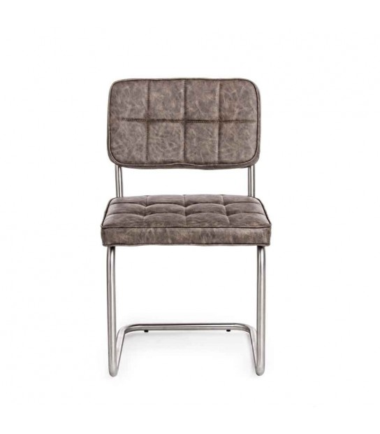Balzac Grey and vintage chair