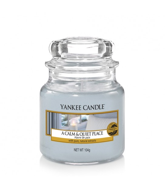 A Calm and Quiet Place Small Jar Yankee Candle