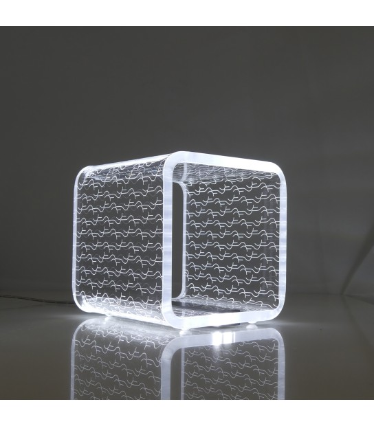 Solid Small Cube Light